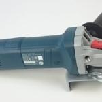Foto von der rechten Seite der Bosch Flex GWS 9-125 S